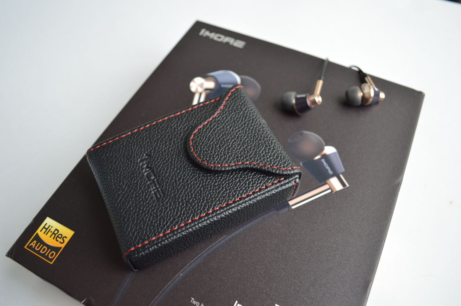 1More Triple Driver In-Ear чехол