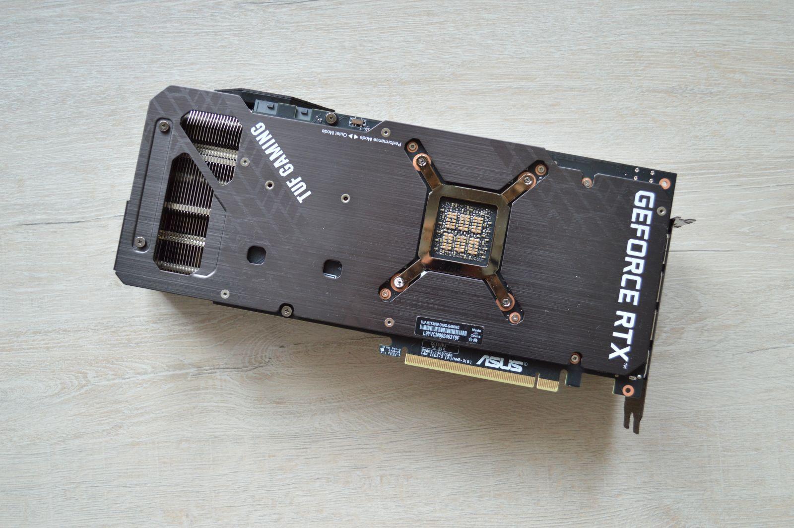 TUF Gaming GeForce RTX 3080 сзади