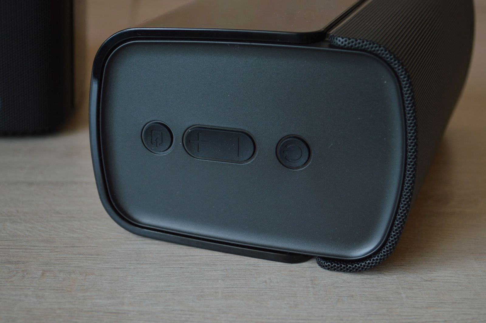 Creative T100 кнопки