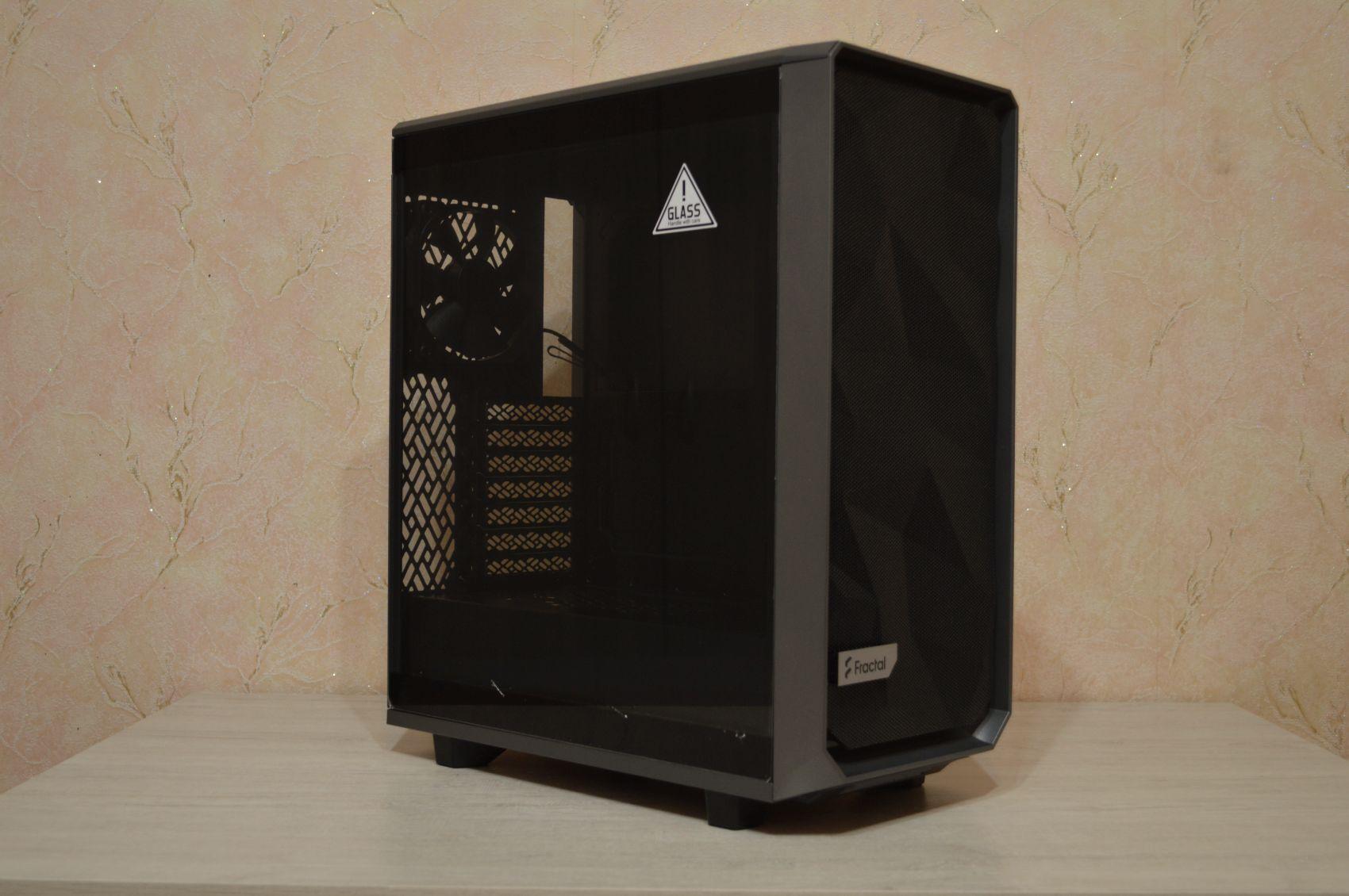Meshify 2 Compact из коробки