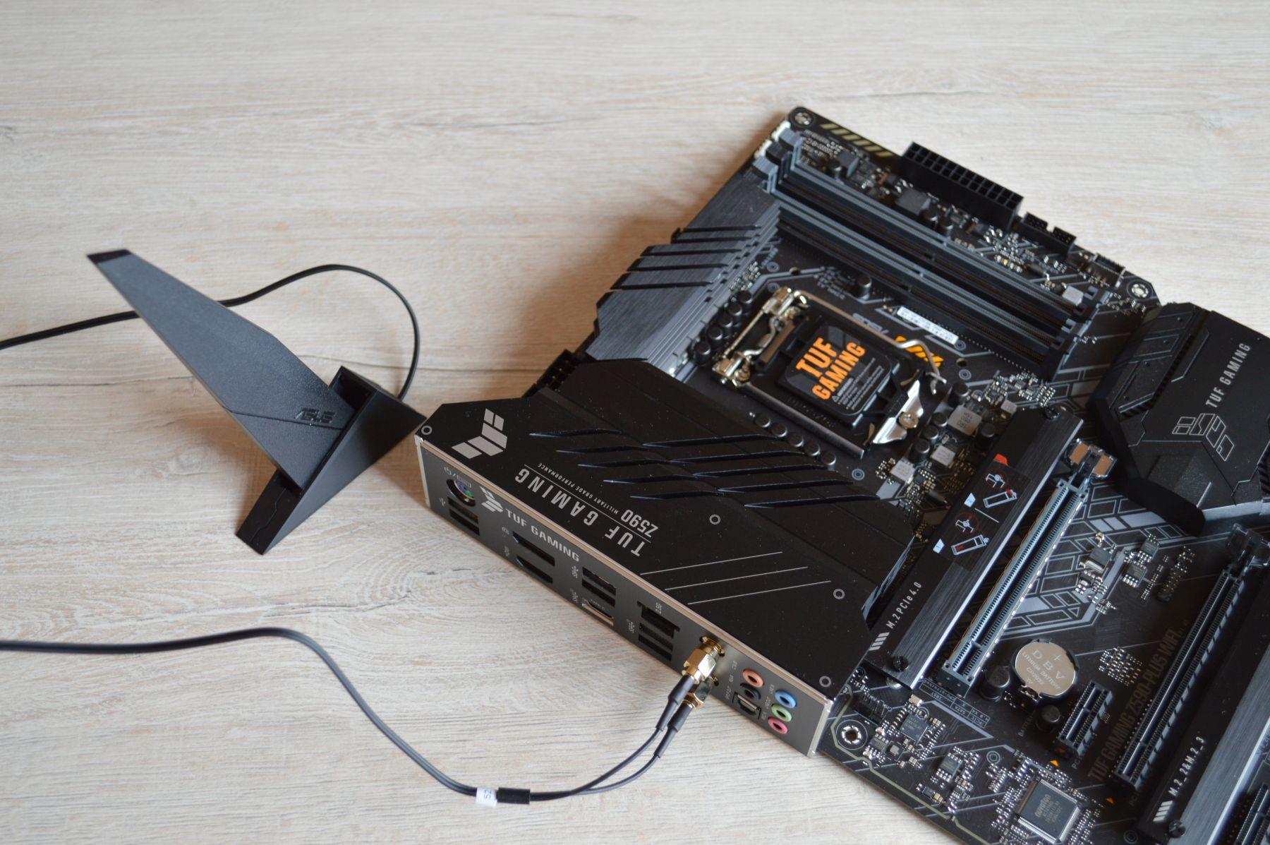 ASUS TUF Gaming Z590-Plus WIFI с модулем беспроводной сети