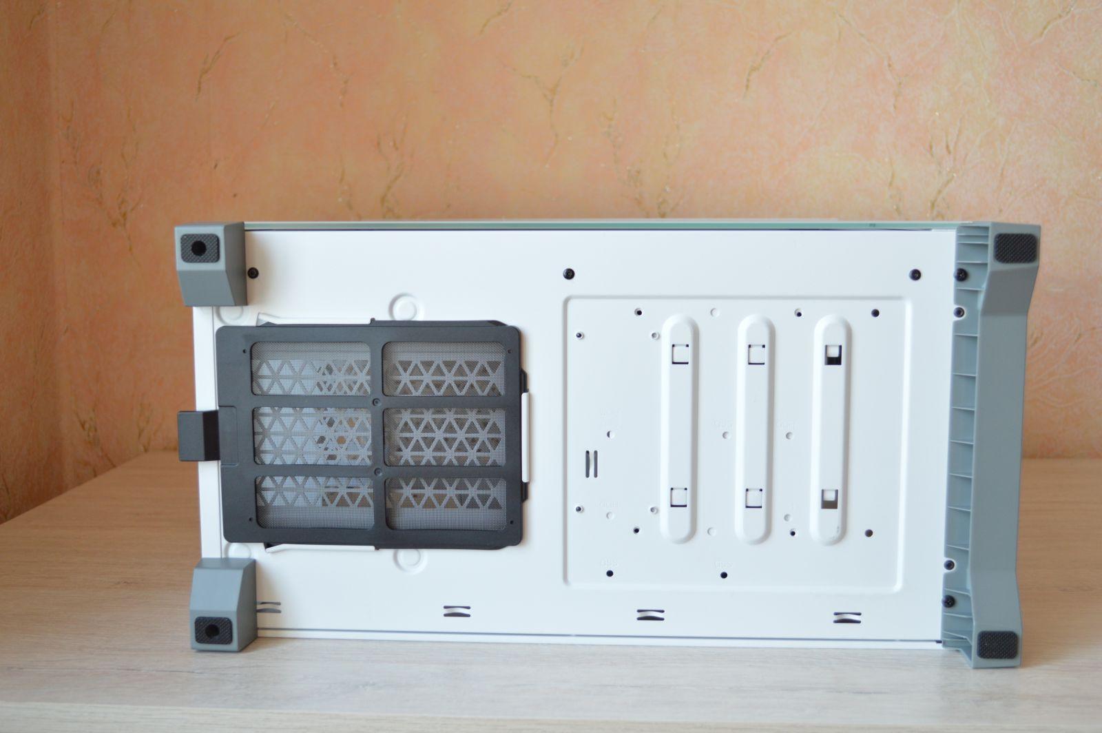 Corsair iCUE 4000X RGB нижний фильтр