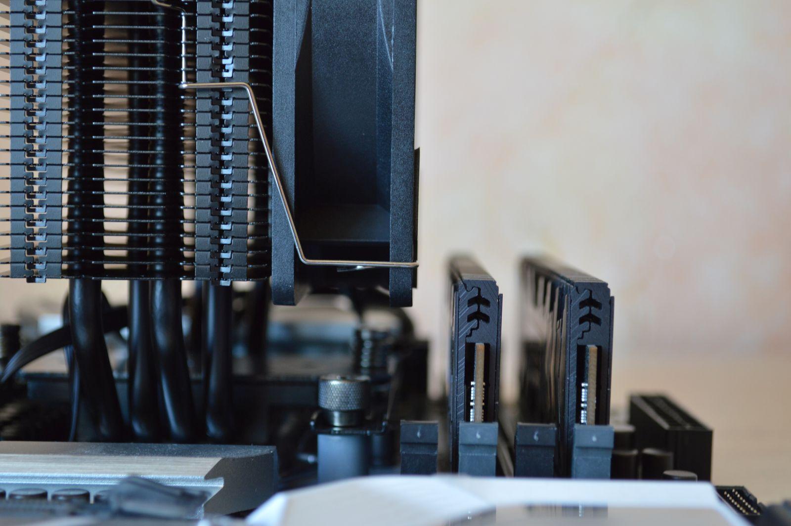 ID-Cooling SE-224-XT Black и память