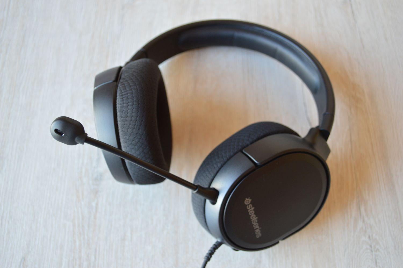 SteelSeries Arctis 1 с микрофоном