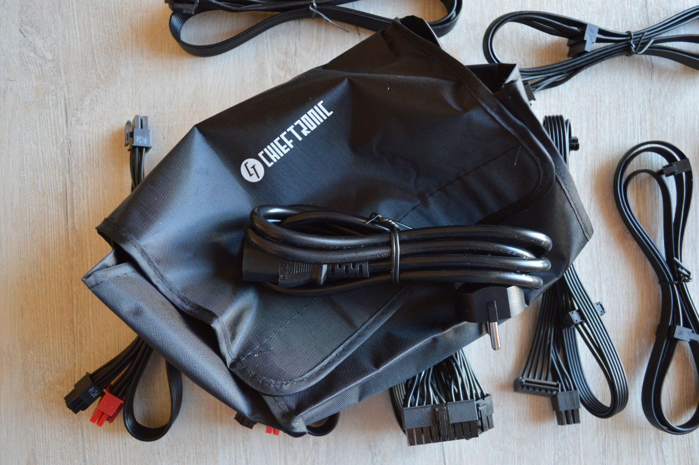 сумка и кабели