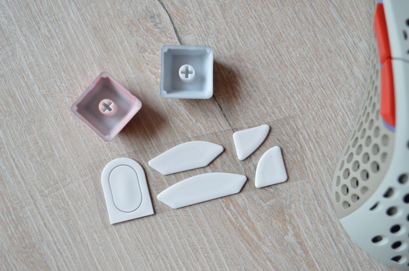 кнопки в комплекте